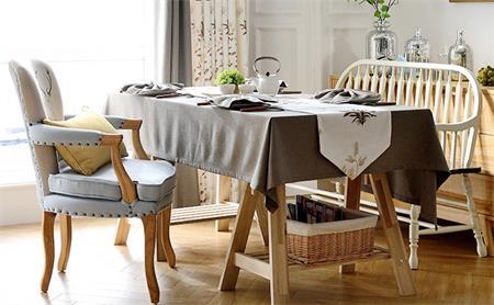 西式餐厅桌椅桌布