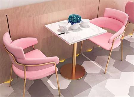 咖啡厅大理石桌子