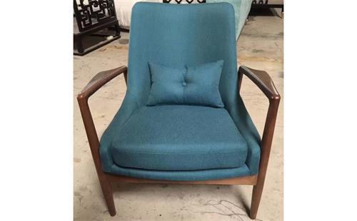 西餐厅椅子