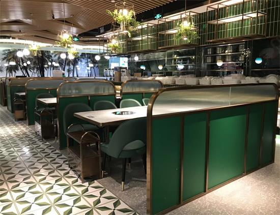 海南椰子鸡火锅--四季椰林餐厅桌椅