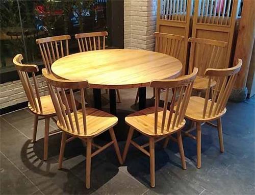 餐厅实木圆形桌椅
