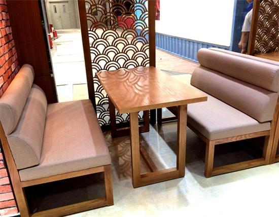 4人位休闲实木yabo娱乐 茶餐厅实木桌椅