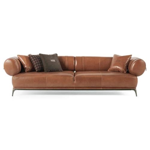 休闲会所现代意式油蜡皮软包直排沙发