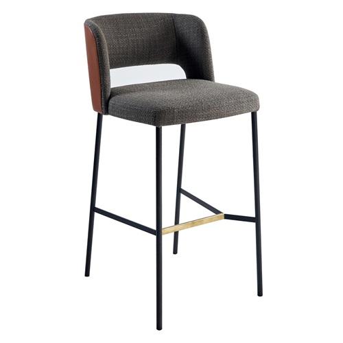 高端现代酒吧铁腿高脚吧椅_酒吧桌椅家具供应
