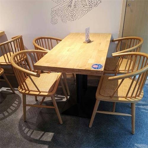 咖啡厅奶茶店现代简约实木桌椅
