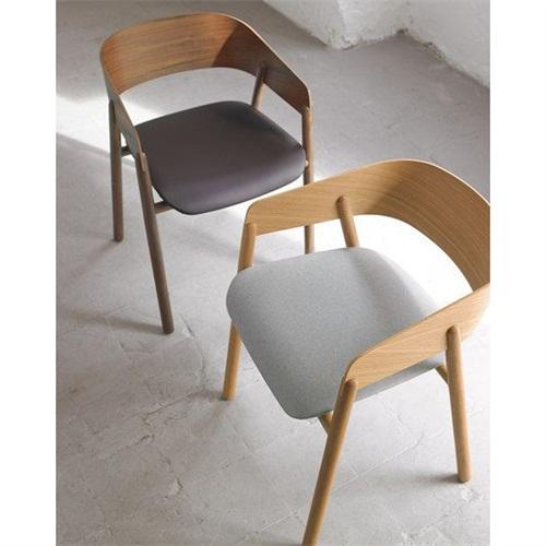 日式饮品店现代时尚田园风椅子