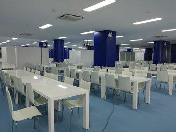 员工白色玻璃钢食堂家具桌椅-食堂餐桌椅批发