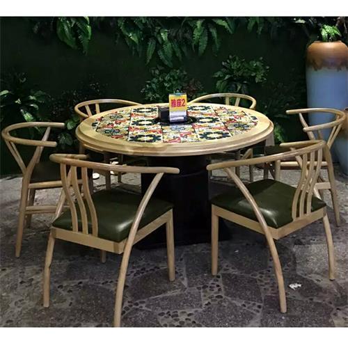 主题餐厅桌椅实木时尚花纹湘菜馆餐桌椅