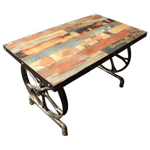 五金古铜色车轮底座餐桌 铁艺工业实木餐桌